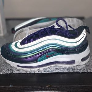 Excellent Condition Air Max